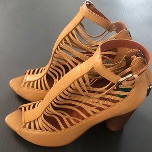 Brand New Rebecca Minkoff size 8 leather shoe